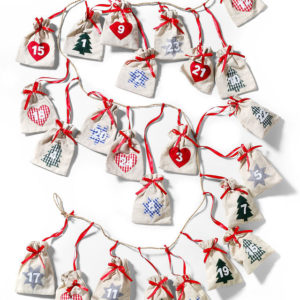 "Bonprix Adventný kalendár ""Marie"" -  netradičný adventný kalendár -  látkový adventný kalendár -  adventný kalendár výroba -  ako si vyrobiť adventný kalendár -  adventný kalendár šitý -  adventný kalendár z látky -  kinder adventný kalendár -  adventný kalendár pre deti -  adventný kalendár pre dievčatá -  detský adventný kalendár - vrecúškový adventný kalendár - vrecká na adventný kalendár"